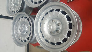 Set Of 4 Mercedes Benz 15 Inch Bundt Wheels