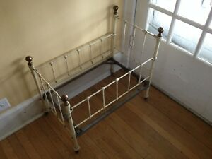 Antique Iron Baby Bed Crib With Brass Knobs Hospital Bed 1890 1910
