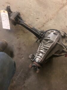 2006 Hummer H3 3 5 Front Axle Differential Carrier Assembly Oem