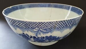 Chinese Export Vintage Pre Victorian Antique Blue White Punch Bowl