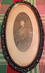 Vintage Antique Late 1800 S Carved Wood Oval Picture Frame Gold Trim With Photo