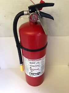 Kidde Fire Extinguisher Rechargeable Wall Hanger Emergency 460 4a 60b c 4a60bc