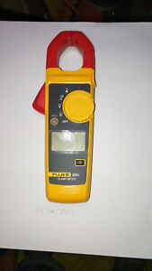 Fluke 302 Handheld Digital Clamp Meter Multimeter Tester Dmm Ac dc Volt