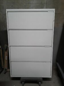 Metal File Cabinet 4 drawers