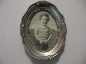 Little Oval Antique Look Picture Photo Frame W Stand And Hanger