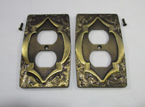 Amerock Carriage House Receptacle Outlet Covers Lot Of 2 Vintage With Screws