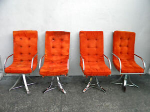 Mid Century Modern Set Of Four Chrome Dining Chairs 5934a