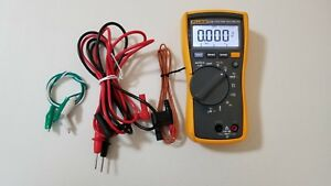 Used Fluke 116 Trms Multimeter With Temperature Probe And Test Leads Tp 239368