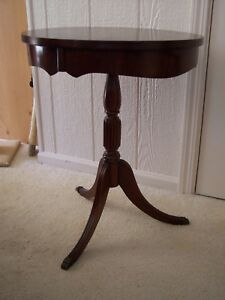 Vintage Round Pedestal Drum Side Accent Table Mahogany Metal Tip Claw Foot