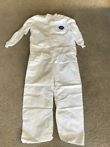 Dupont Tyvek Disposable Coverall Lg 12 Count New