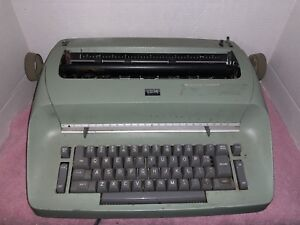 Ibm Selectric Typewriter Green With Gray Buttons And Owners Manuals