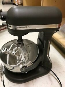 Kitchenaid Professional 5 Plus Commercial Mixer With Attachments Nice Condition