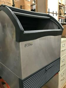 Used Scotsman Cu1526sw 1a Water Cooled 175 Lb Half Cube Under Counter Ice Maker