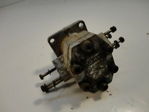 Ch11272 Oem Hydraulic Pump 850 950 1050 Removed From 1979 John Deere 950 Tractor