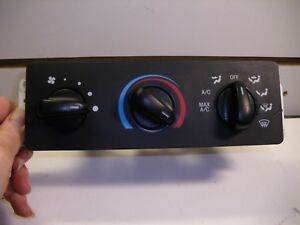 2002 Ford Ranger Ac Heater Climate Controls Yl5h 19e784 a