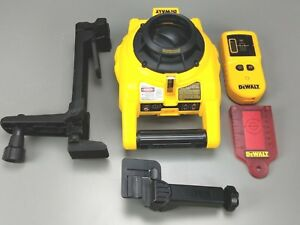 Dewalt Dw074 Rotary Laser Level Kit Detector Self leveling Horizontal Vertical