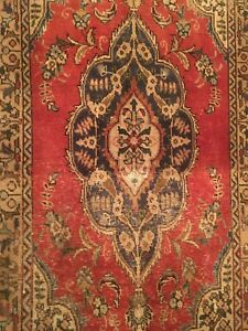 Vintage Old Collectible 100 Wool Estate Hand Woven Area Rug Size 2 5 X 4 4