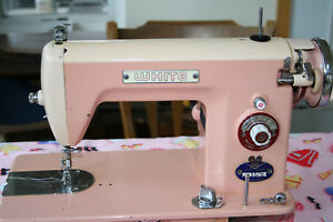 Vintage Straight Stitch Pink Sewing Machine With Foot Pedal Sews