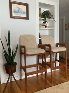 Vintage 1960s Teak Wood Mid Century Modern Bar Stools Chair Set