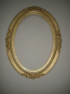 Antique Victorian Craved Wood Gold Painted Oval Picture Frame 25x19