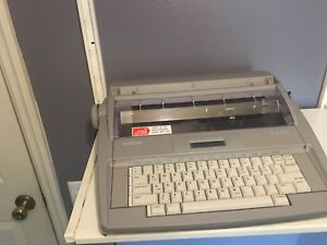 Brother Sx 4000 Electric Typewriter W display Works