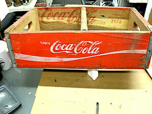 Vintage RED / WHITE  2 SECTION  Coca-Cola Wood Crate     Case   DATED 1976
