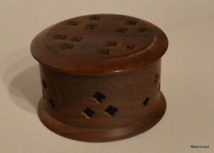Vintage S S Sarna 414 Round Carved Wood Box Made In India