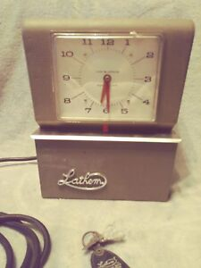 Lathem Model 4001 Punch Time Card Clock Heavy Duty Works With Keys