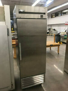 True T 23 Upright Commercial Freezer Nsf 25
