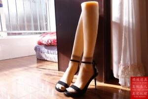 1 Pair Lifesize Realistic Silicone Foot Mannequin Fetish Love Jewelry Display 24