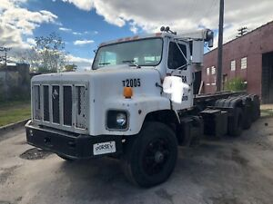 Used Roll off Trucks