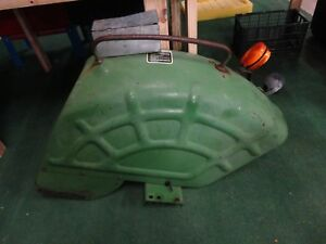 Ch11963 Right Hand Fender Assy Removed From 1979 John Deere 950 Tractor