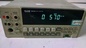 Fluke 8842a Portable Digital Multimeter For Parts Or Repair Powers On