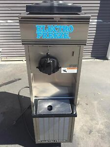 2005 Electrofreeze 33s Soft Serve Frozen Yogurt Ice Cream Machine Warranty