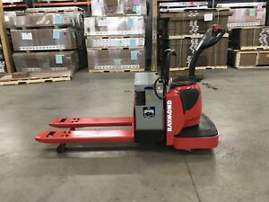 2013 Raymond Forklift Electric Ride On Pallet Jack