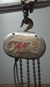 Cm Hoist Model R 2 Ton Electric Chain Hoist 8 F p m 1 Hp With 13 Of Chain