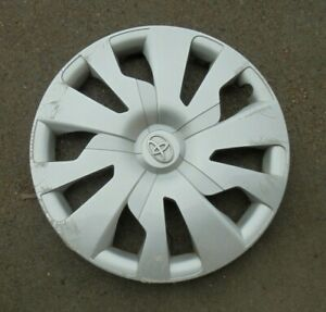 15 2015 16 Toyota Yaris 10 Spoke Hbk Hubcap Wheel Cover 426020d300