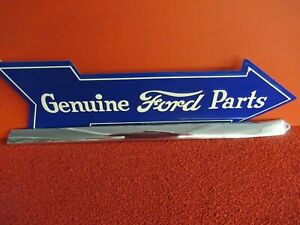 1955 1956 Ford Molding Trim Crown Victoria R Front Upper Roof f721