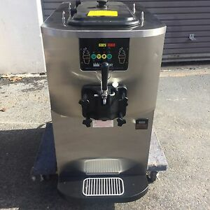 2008 Taylor C707 Soft Serve Frozen Yogurt Ice Cream Machine Warranty 1ph Air
