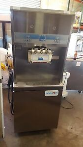 Taylor 8756 Soft Serve Frozen Yogurt Ice Cream Machine 1ph Air Fully Working