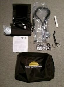 New Prestige Medical Kit Gq01 Stethoscope Sphygmomanometer Light