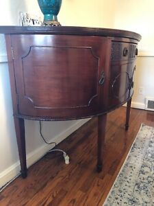 1930 S Antique Bureau Mint Condition 495 00 Obo Pick Up Only