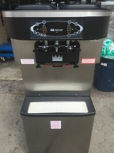 2008 Taylor C713 Soft Serve Frozen Yogurt Ice Cream Machine Warranty 3ph Water