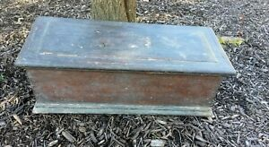 Vintage Antique Carpenters Wood Wooden Tool Box Chest
