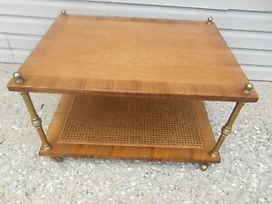 Vintage Mcm Henredon Birdseye Inlaid Maple W Brass Columns And Casters End Table