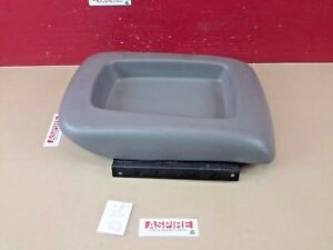 2003 2007 Chevrolet Gmc Yukon Escalade Sierra Center Console Lid Arm Rest Oem