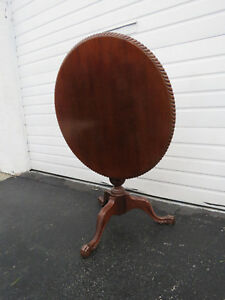 Early 1900s Mahogany Carved Round Tilt Top Claw Feet Center Side Table 8989