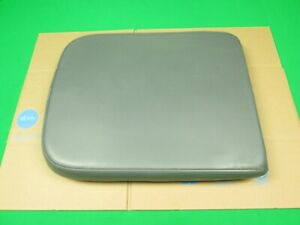 02 08 Dodge Ram 1500 2500 3500 Center Console Jump Seat Lid Cover Armrest Gray