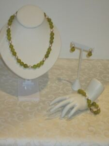 Vintage Jade Pearl Parue Set Necklace Bracelet Earrings 14k