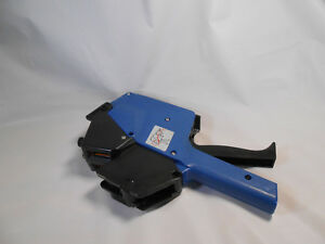 Avery Dennison 210 Price Label Gun Hand Labeler Two Lines Blue used